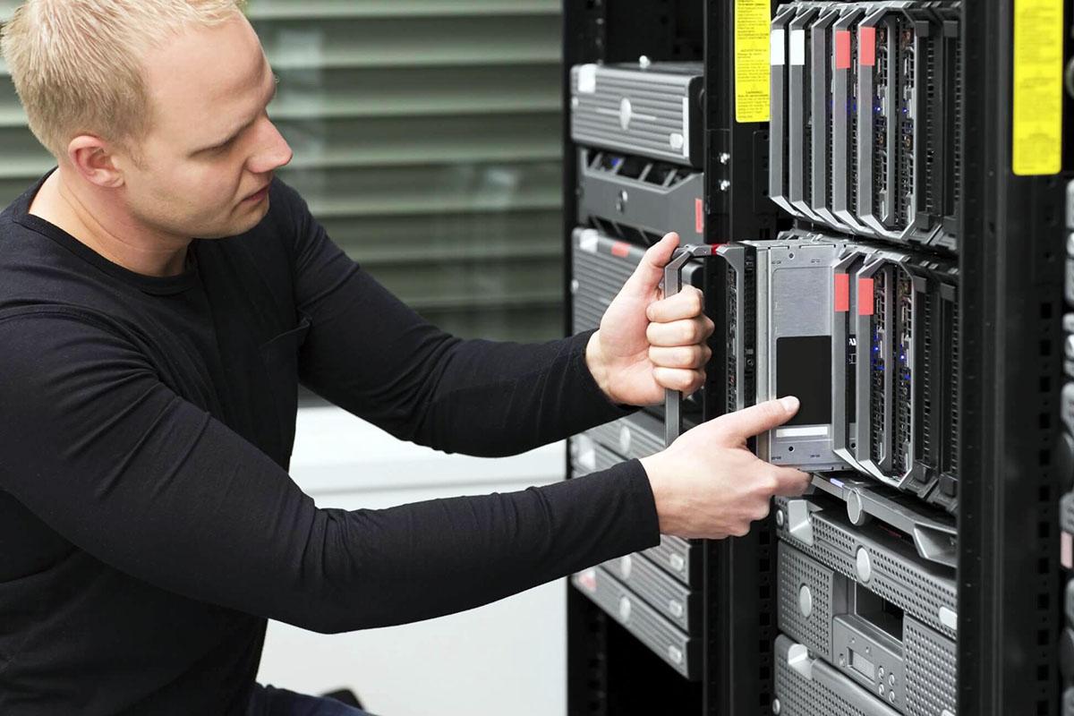 Servicii de mentenanta retele de date